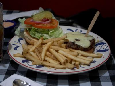 Download free salad food meat bread chips hamburger potato tomato onion image