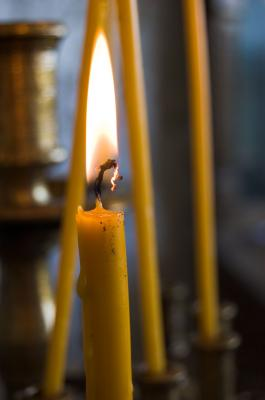 Download free yellow light candle flame image