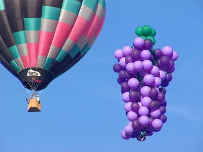Download free blue sky balloon hot air balloon image