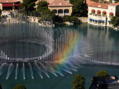 Download free fountain building image