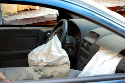 Download free car airbag accident image
